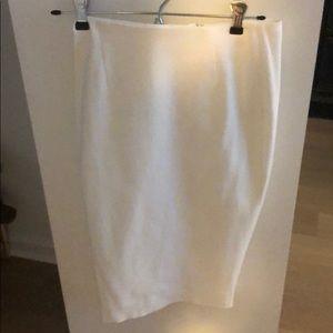 White pencil skirt intermix